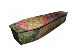 Wooden coffin - Garden - 4086